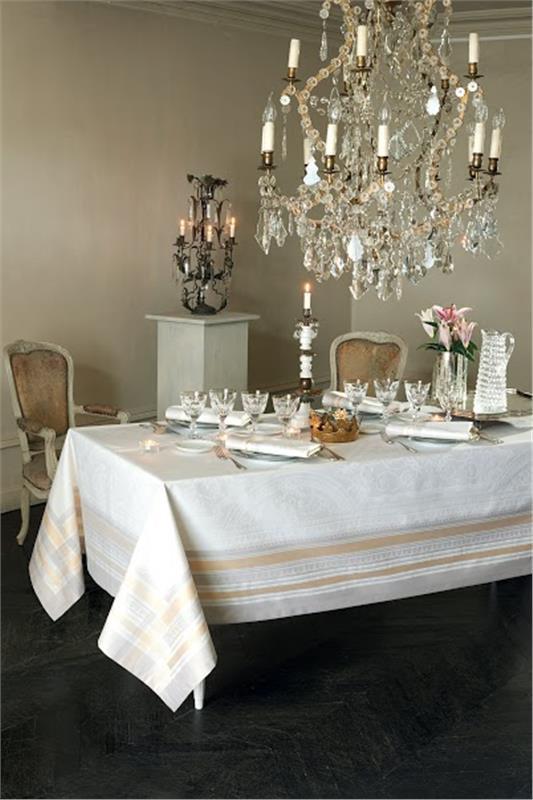 Galerie Des Glaces French Jacquard Table Linen By Garnier