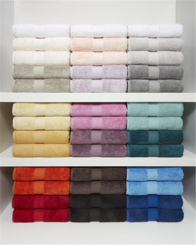 Etoile Bath Towels In Dark Colors By Yves Delorme